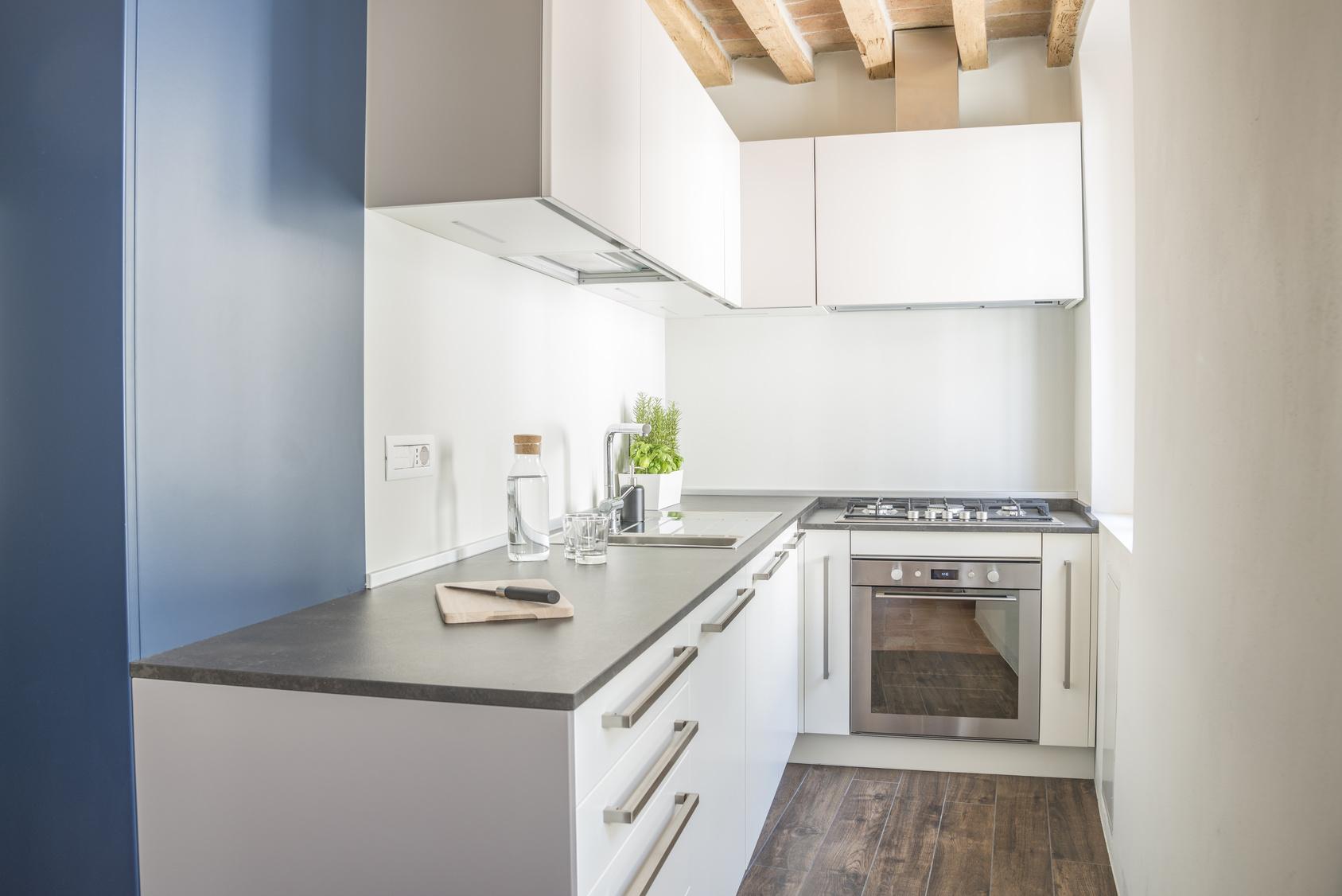 r novation d 39 une cuisine 69001 lyon action travaux 69. Black Bedroom Furniture Sets. Home Design Ideas